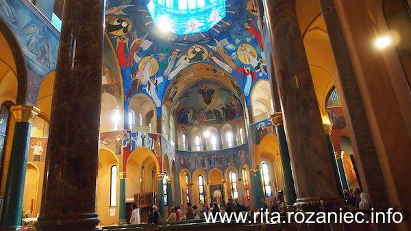 Wnętrze kościoła w Cascii